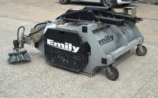 A-541  BALAYEUSE EMILY